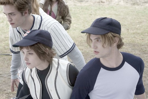 The Cullens in the baseball scene