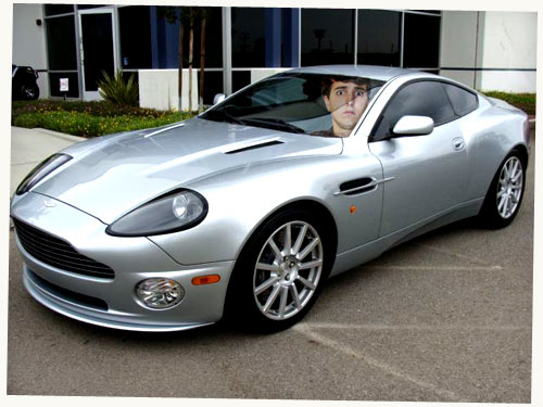 Aston Martin Vanquish: Making Normal Men 100x More Attractive In Seconds